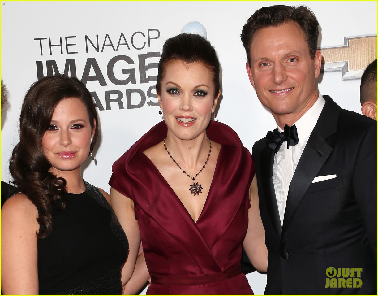 tony goldwyn scandal wins naacp best drama series 092802822