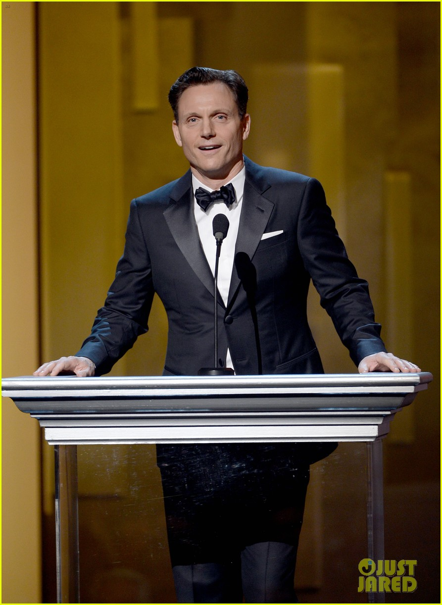tony goldwyn scandal wins naacp best drama series 172802830