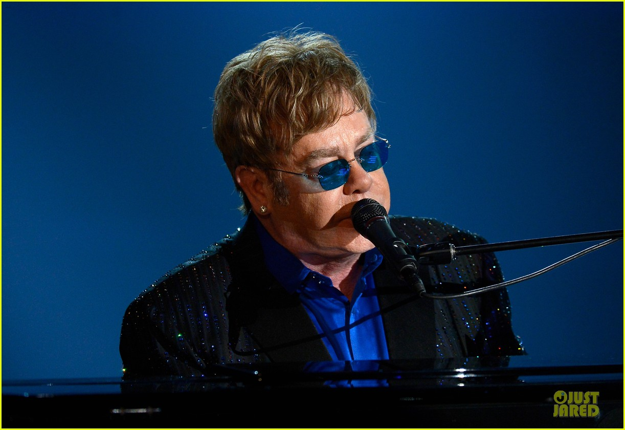 ed sheeran elton john grammys 2013 performance watch now 022809408