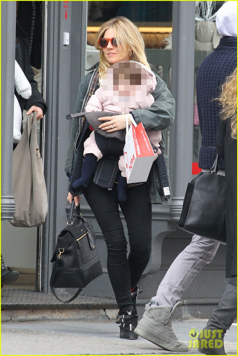 sienna miller west village shopping with robin wright 072821226