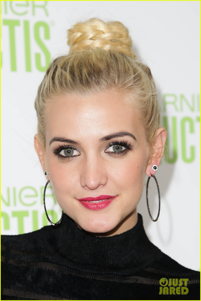 ashlee simpson garnier fructis fashion week celebration 02