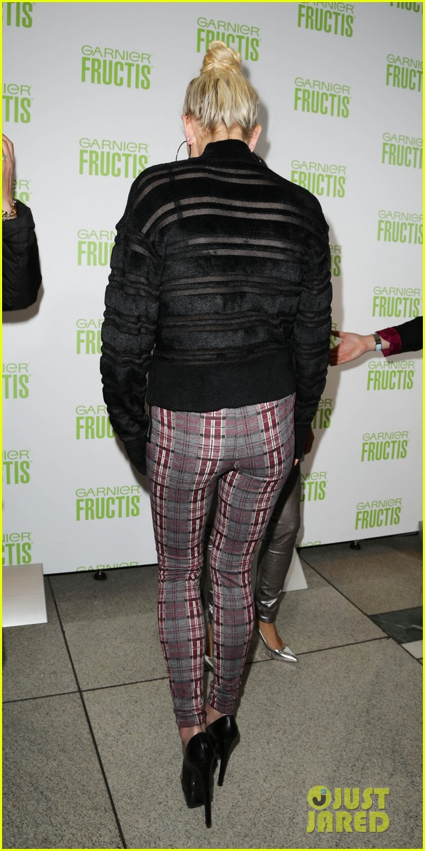 ashlee simpson garnier fructis fashion week celebration 29