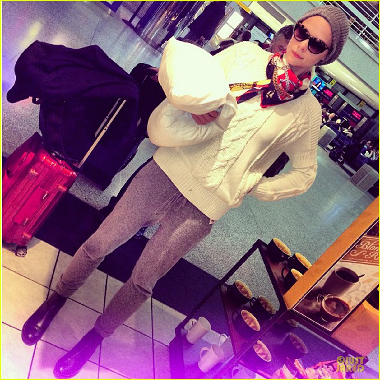 ashlee simpson jaime king rebecca minkoff fashion show 052807529