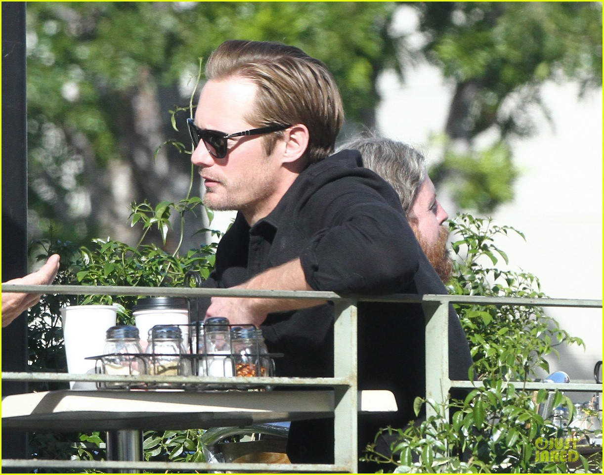 alexander skarsgard post super bowl lunch in los feliz 042804854