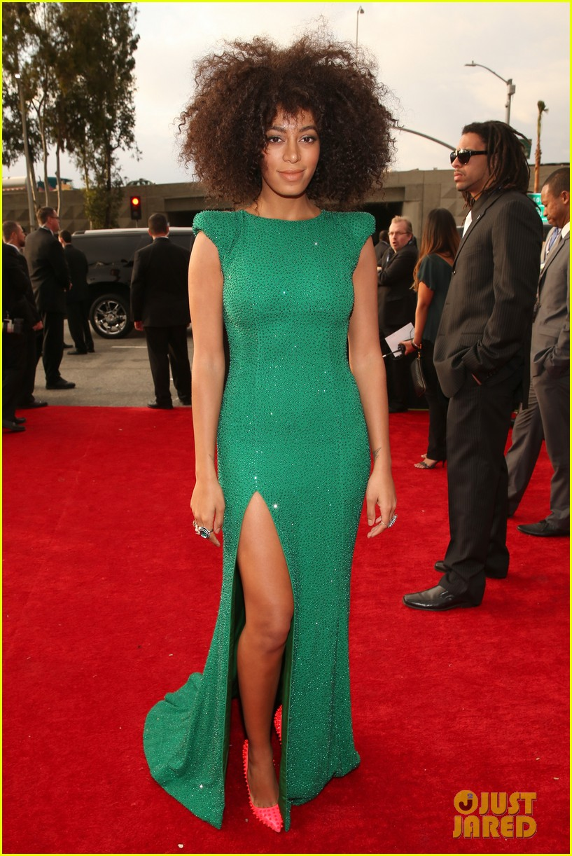 solange knowles grammys 2013 red carpet 032809399