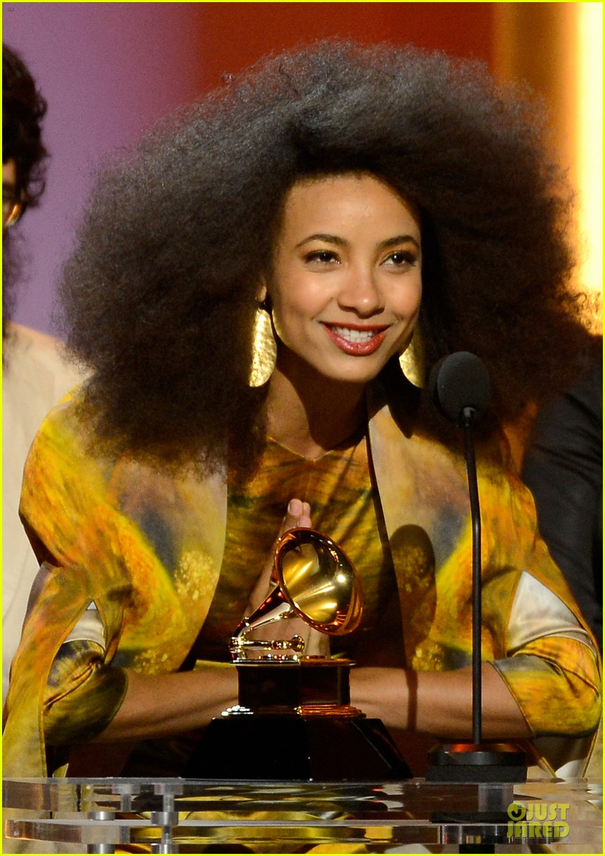 Esperanza Spalding Grammys 2013 Red Carpet Photo