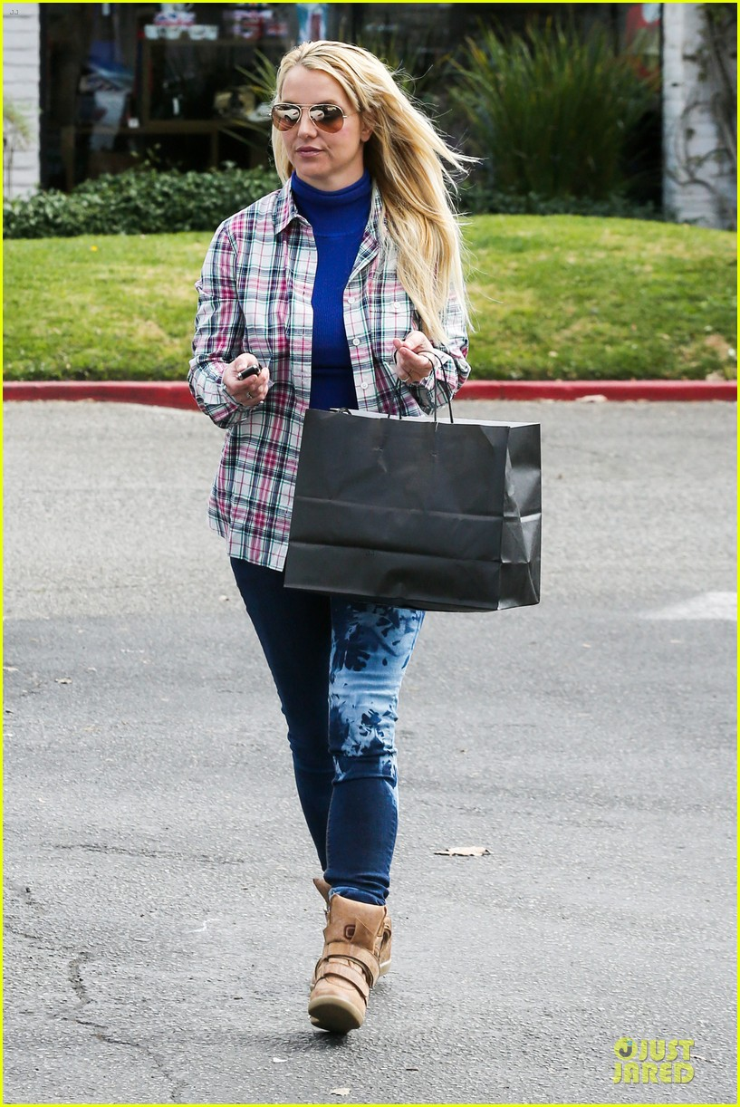 britney spears say good morning to my new baby 172808128