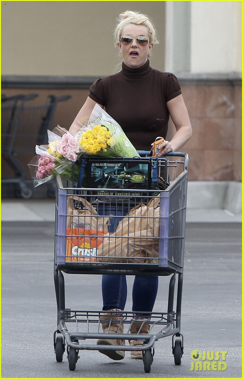 britney spears grocery shopping gal 032803872