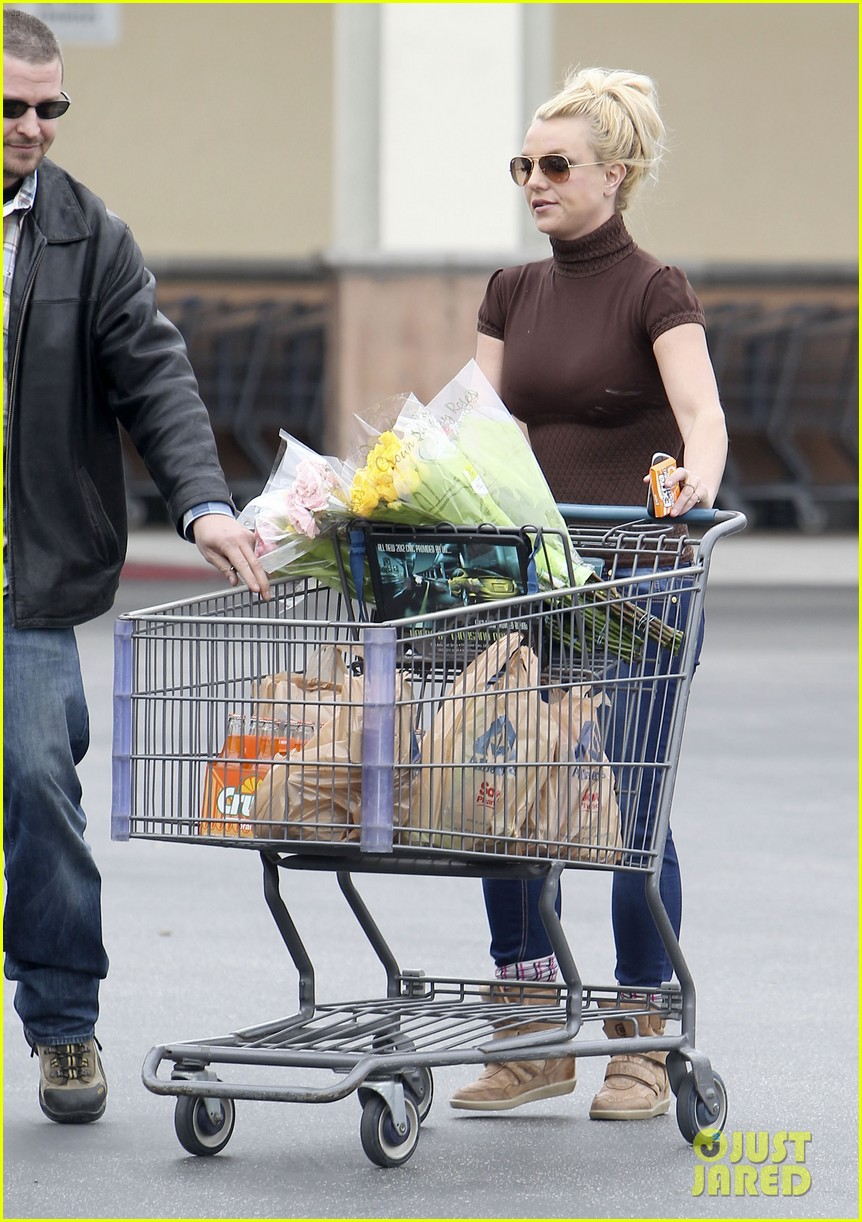 britney spears grocery shopping gal 05