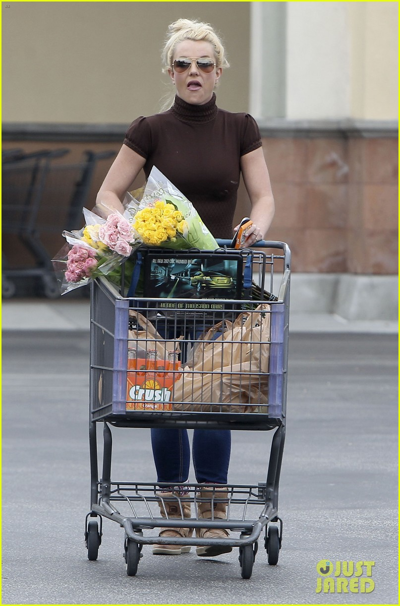 britney spears grocery shopping gal 08