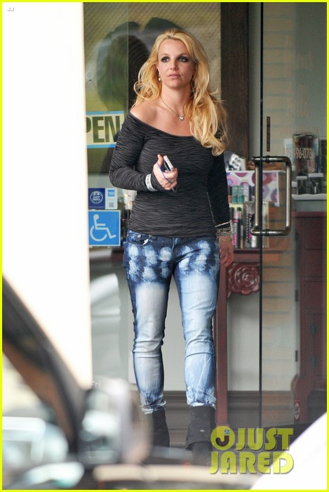 britney spears solo spa day 102809129