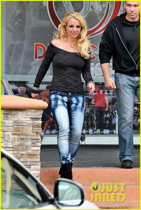 britney spears solo spa day 122809131