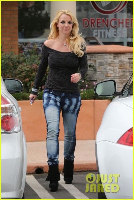 britney spears solo spa day 142809133