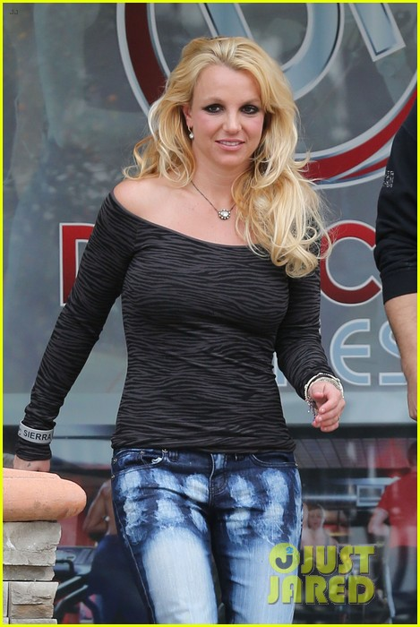 britney spears solo spa day 202809139