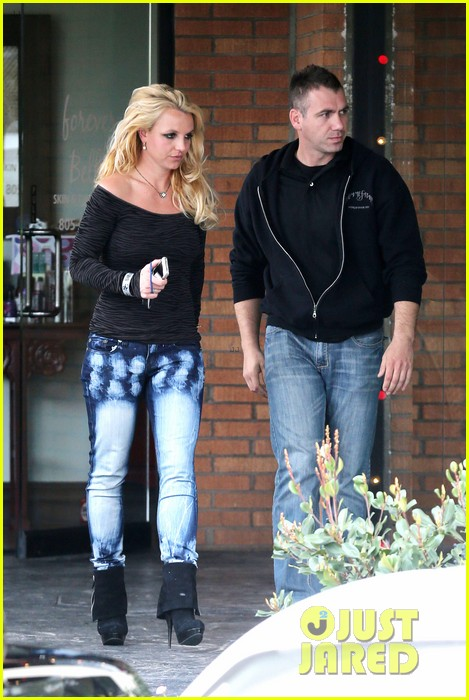 britney spears solo spa day 262809145