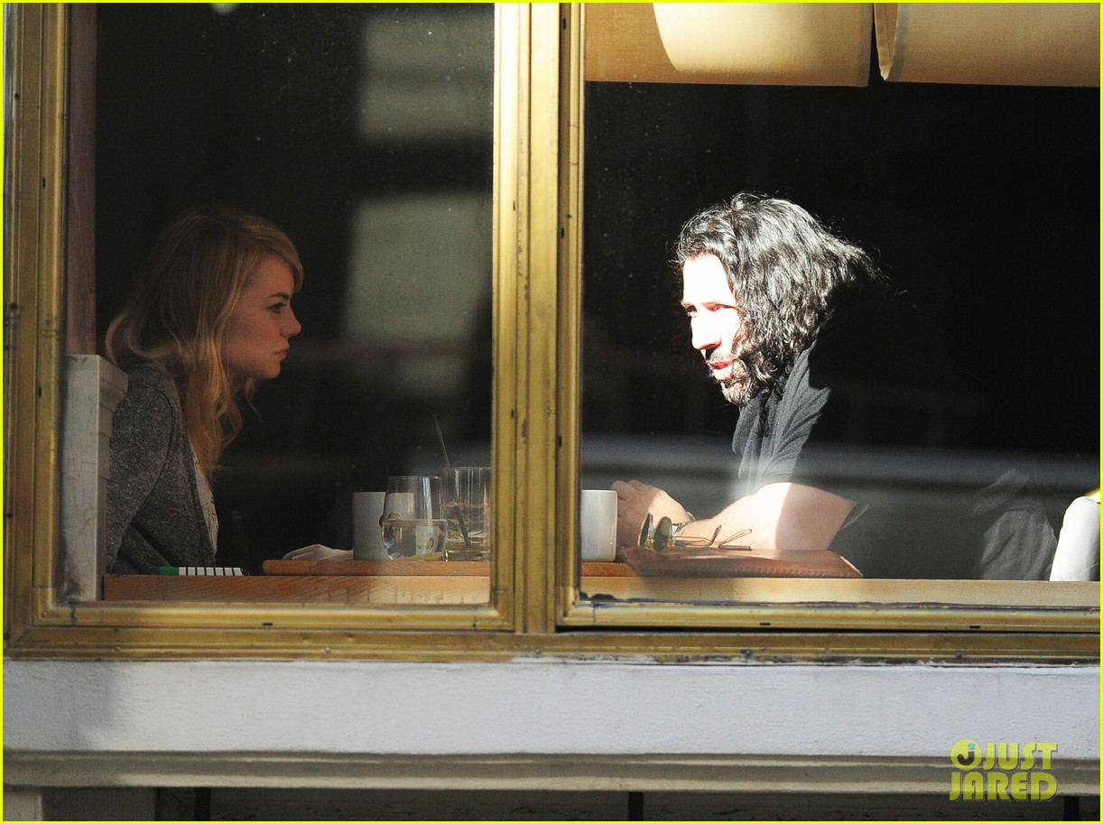 emma stone tribeca lunch with a mystery male 112816669