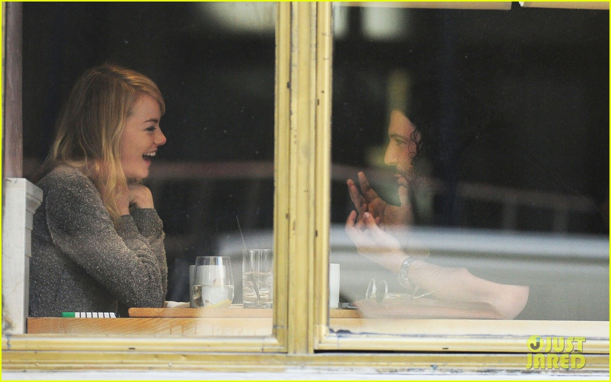 emma stone tribeca lunch with a mystery male 122816670