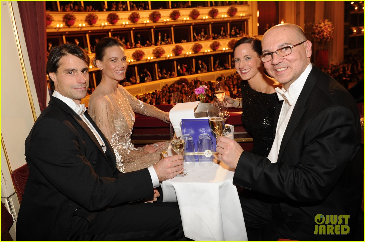 hilary swank laurent fleury vienna opera ball 032807010