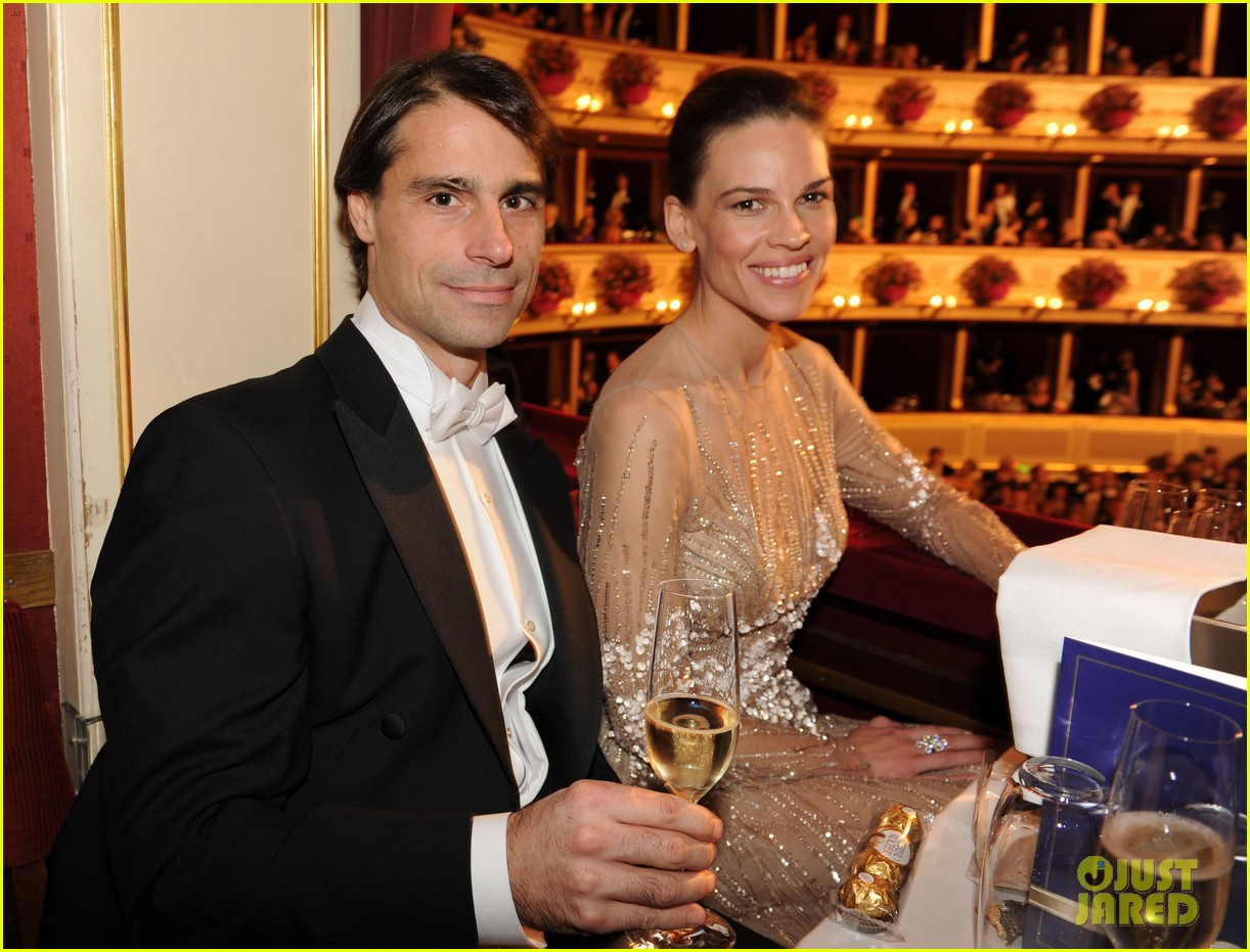 hilary swank laurent fleury vienna opera ball 052807012