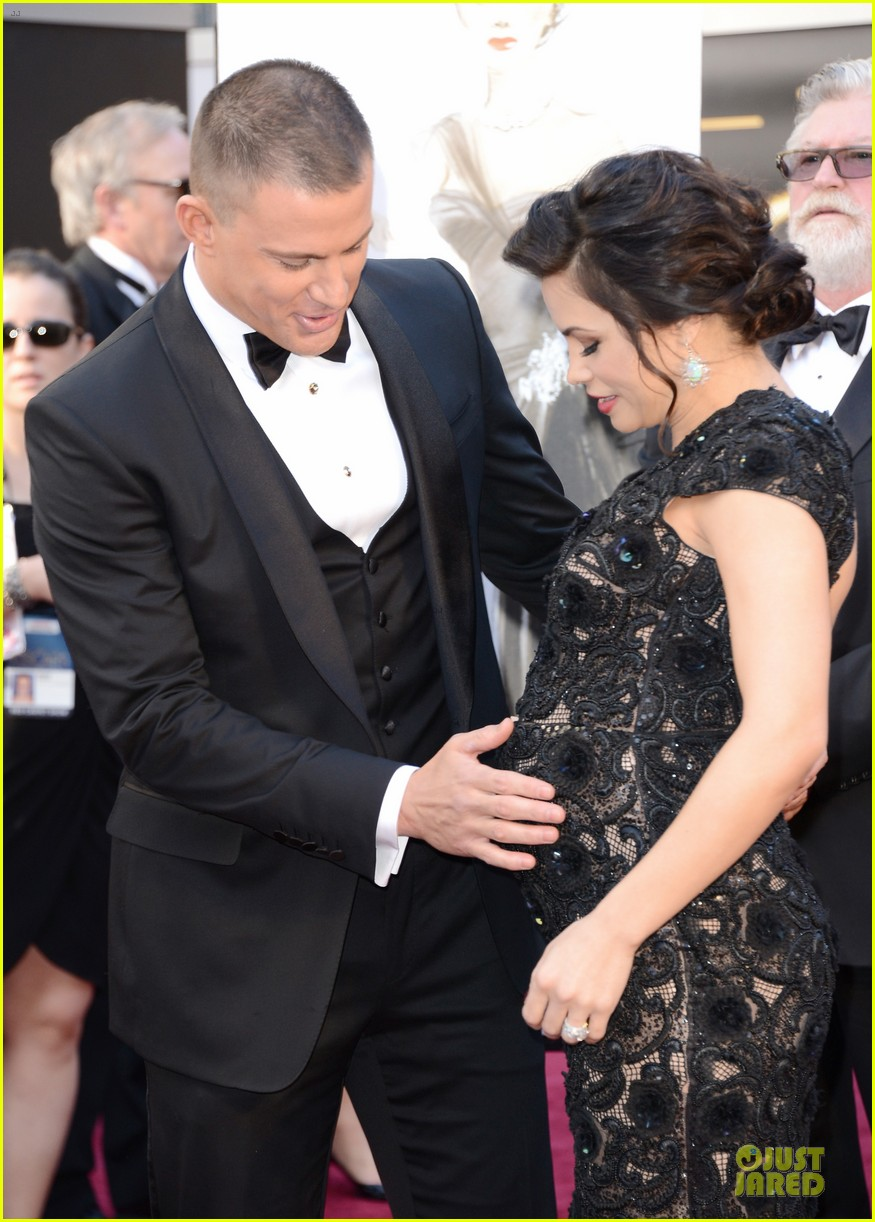 pregnant jenna dewan channing tatum oscars 2013 red carpet 072819023