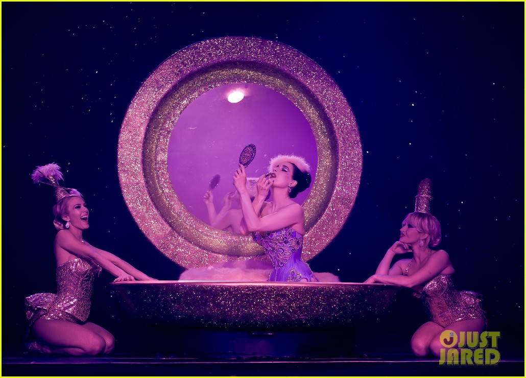dita von teese strip strip hooray show photos exclusive 022812674