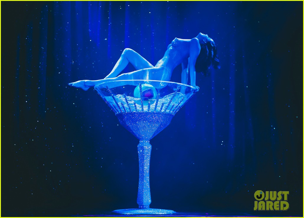 dita von teese strip strip hooray show photos exclusive 032812675