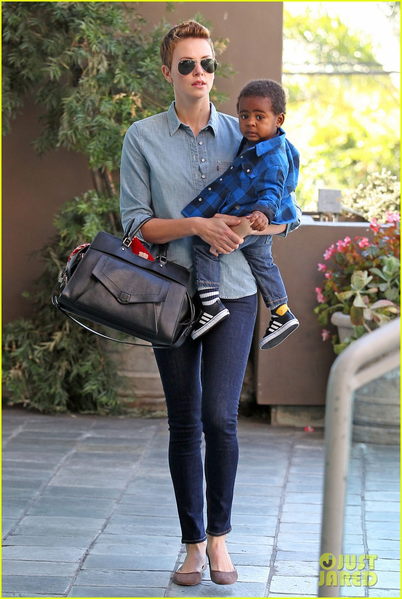 charlize theron fit for kids with jackson 062811221