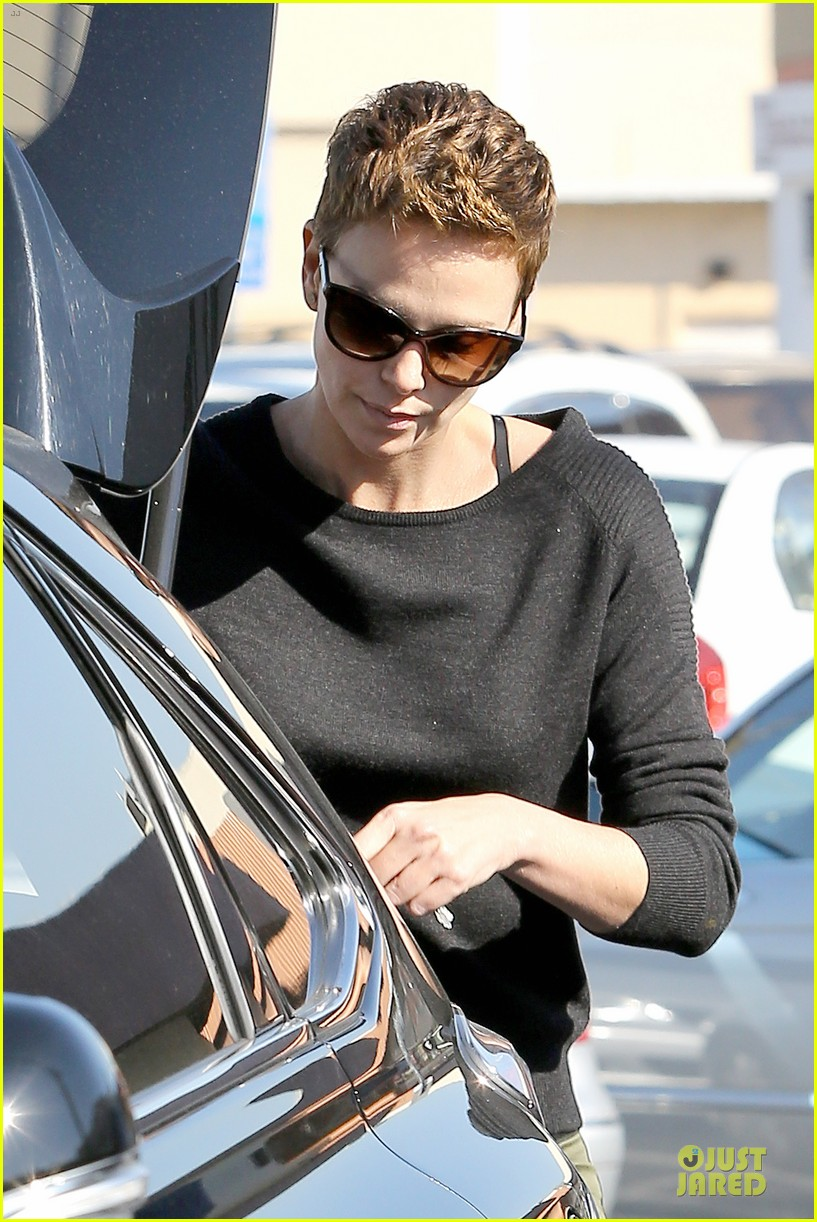 charlize theron glam squad development with style 042813518