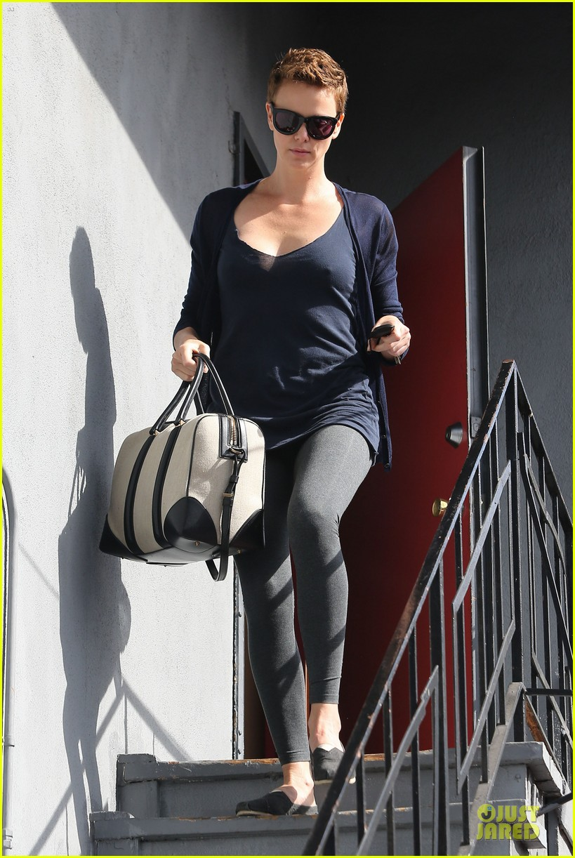 charlize theron hatfields & mccoys gets pilot director 012802656