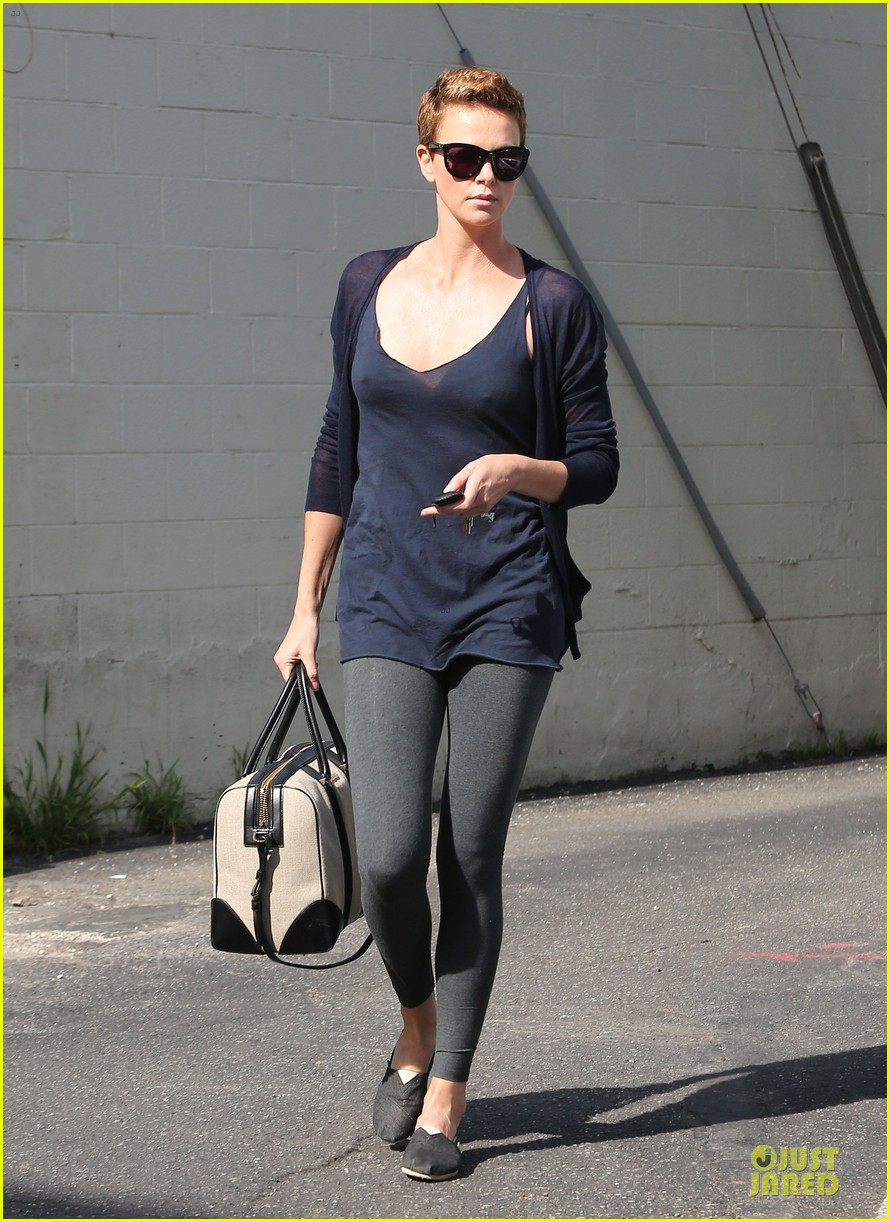 charlize theron hatfields & mccoys gets pilot director 032802658