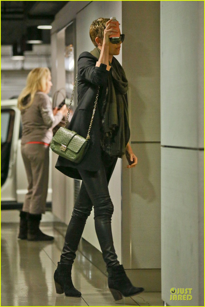 charlize theron juice arrival at equinox gym 042815255