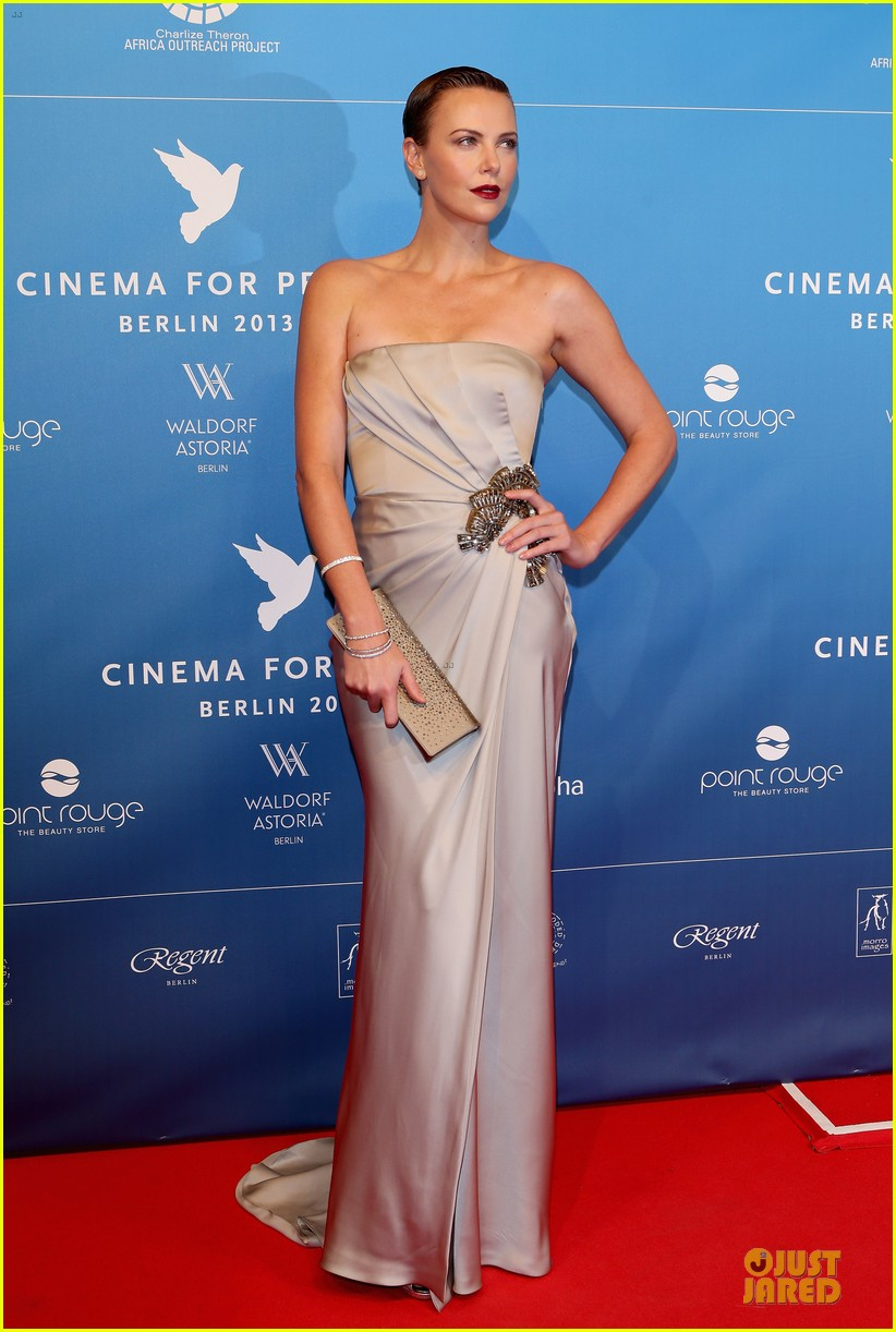 charlize theron cinema for peace gala 102808018