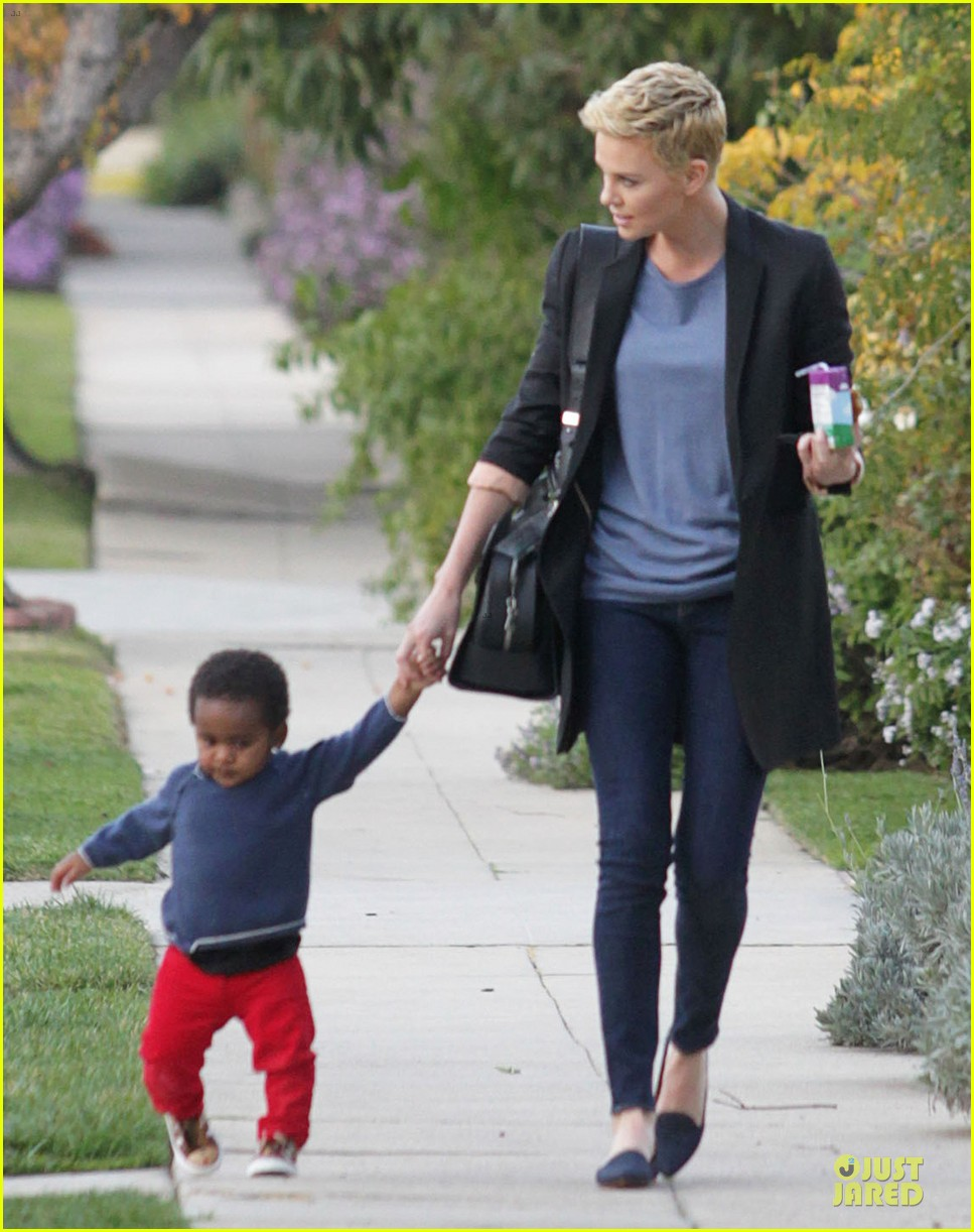 charlize theron playdate with jackson 062817721