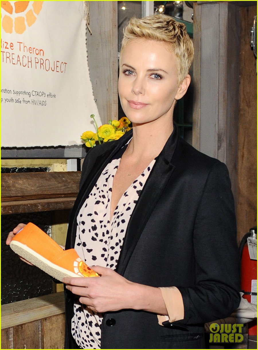 charlize theron africa outreach project toms celebration 022818102