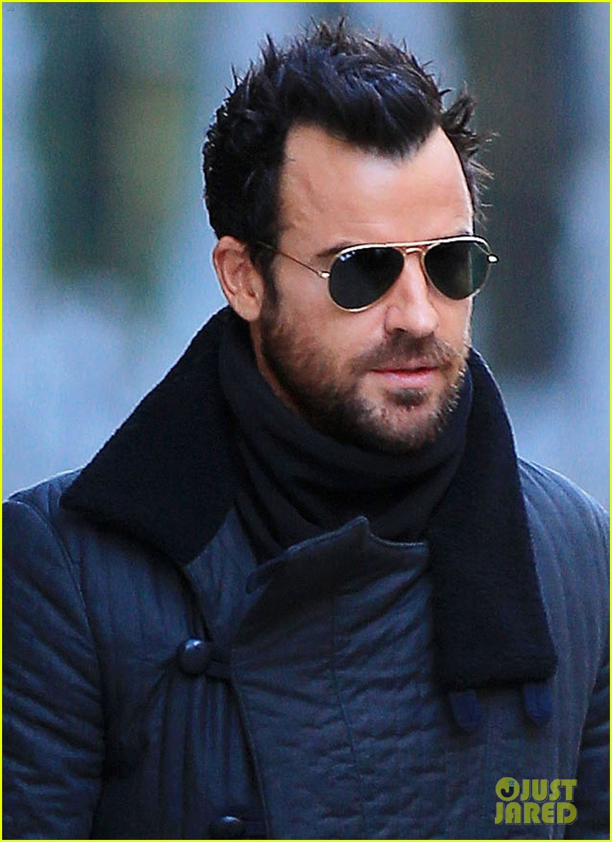 justin theroux monday morning meeting man 04