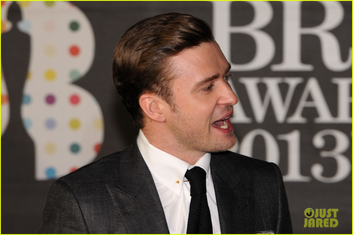 justin timberlake brit awards 2013 red carpet 102815838