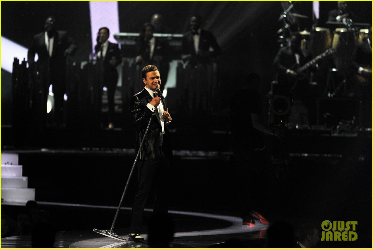 justin timberlake brit awards mirrors performance video 092815898