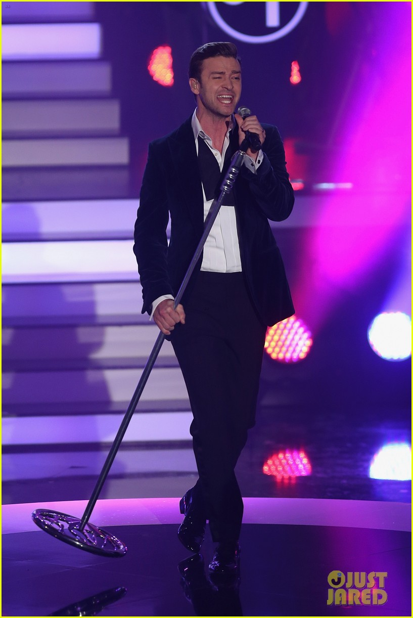 justin timberlake performs mirrors on wetten dass 01