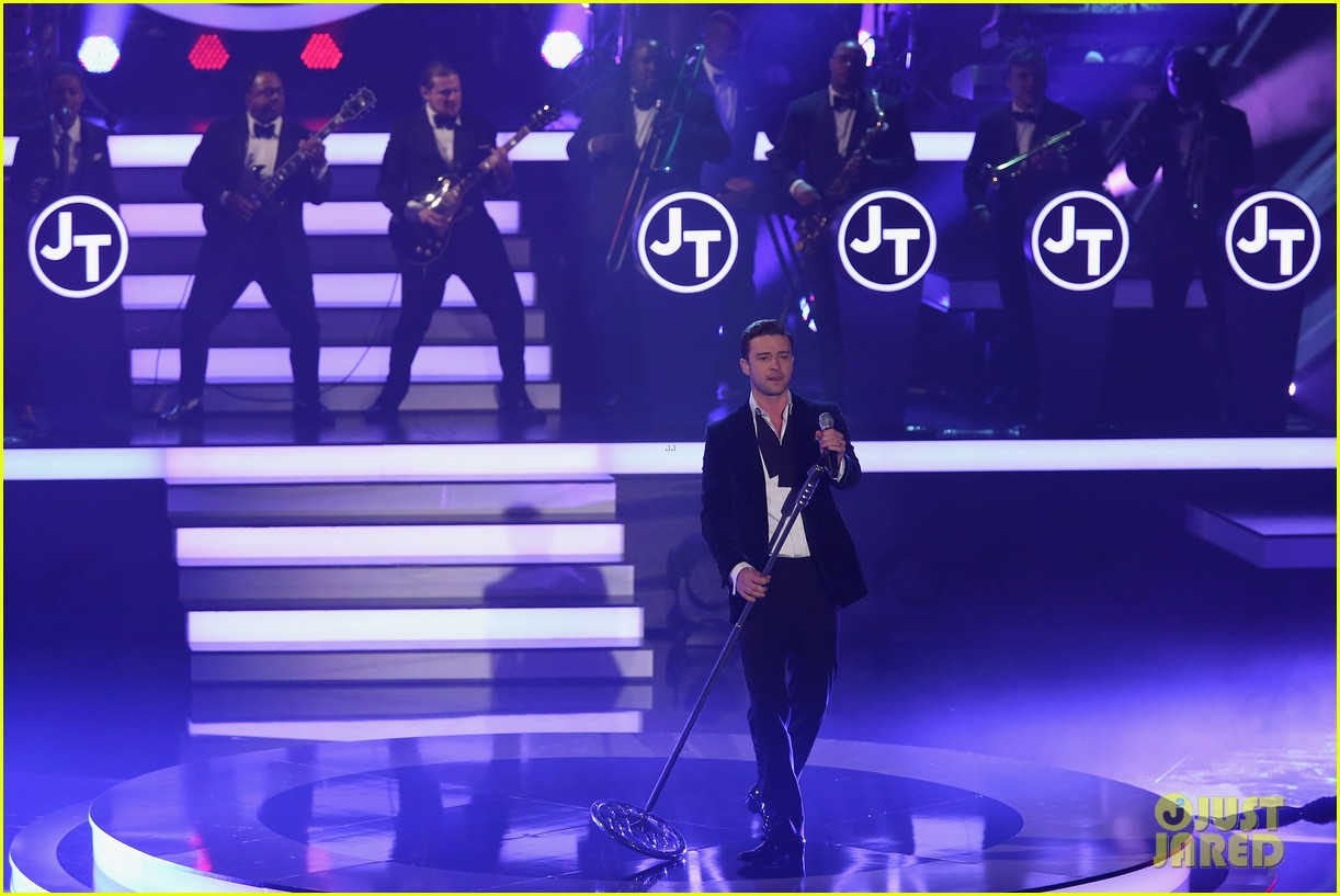 justin timberlake performs mirrors on wetten dass 062818679