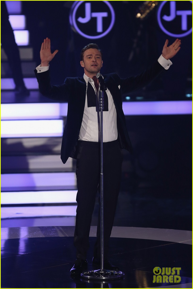 justin timberlake performs mirrors on wetten dass 132818686