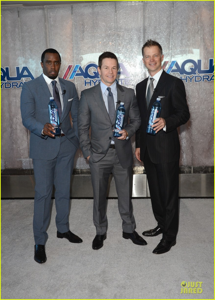 mark wahlberg sean combs aquahydrate press conference 012822010