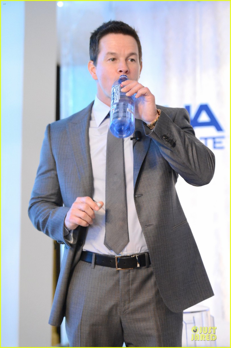 mark wahlberg sean combs aquahydrate press conference 272822036