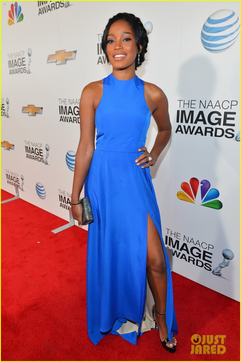 quvenzhane wallis accepts viola davis naacp award 14