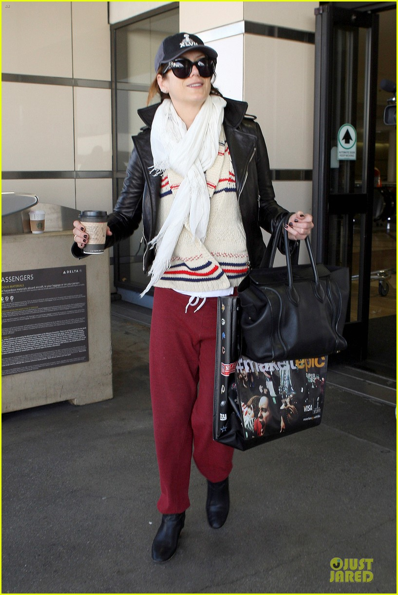 kate walsh post super bowl lax arrival 012805176