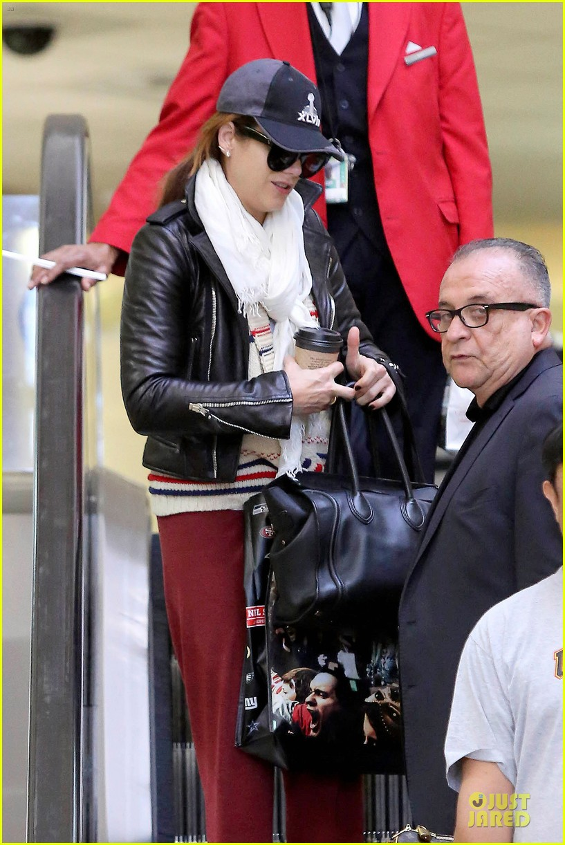 kate walsh post super bowl lax arrival 042805179