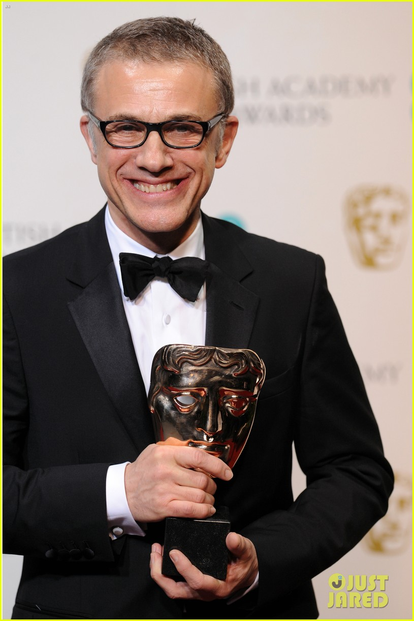 christoph waltz wins best supporting actor at baftas 2013 092808960