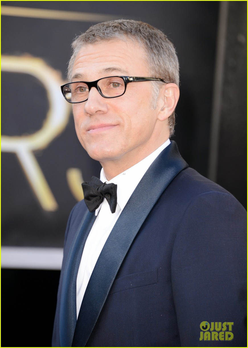 christoph waltz wins best supporting actor oscar 2013 03