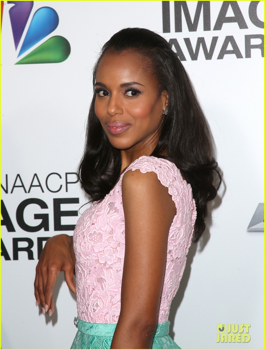 kerry washington naacp image awards 2013 red carpet 022802731