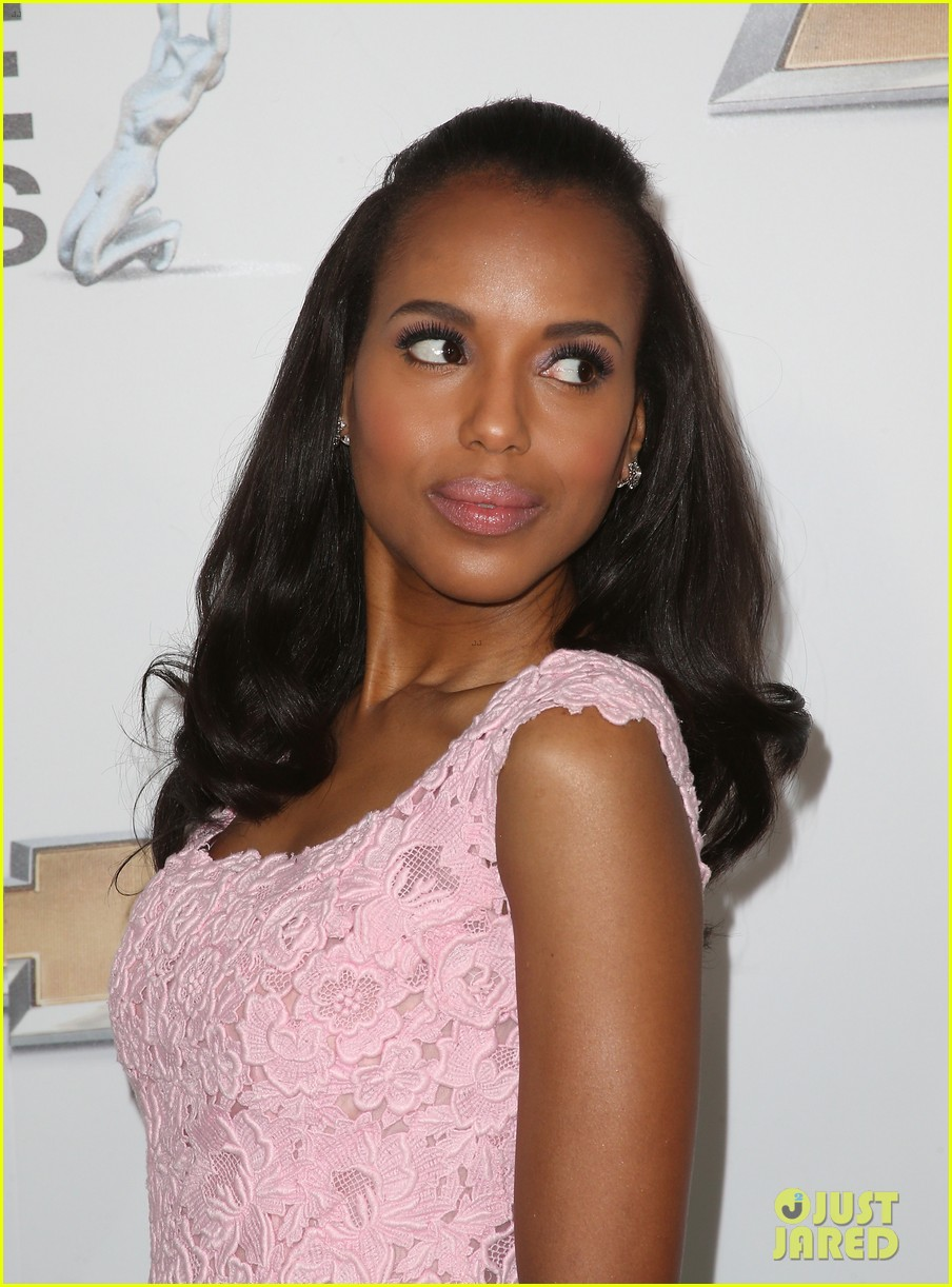 kerry washington naacp image awards 2013 red carpet 082802737