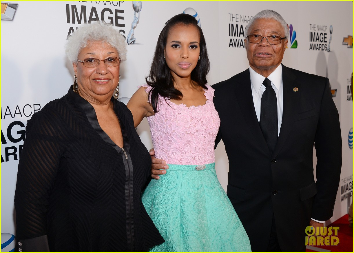 kerry washington naacp image awards 2013 red carpet 182802747